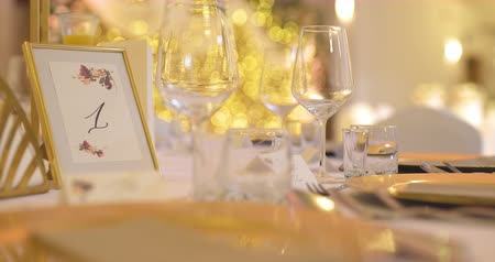 столовые приборы : Luxury Decorated Table Before Party Event Стоковые видеозаписи