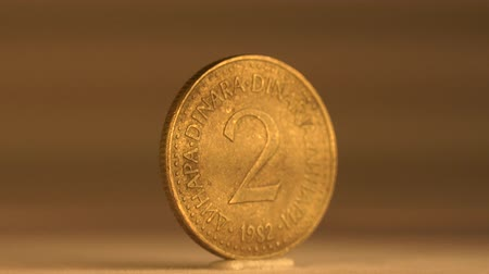 мята : Collect Your 2 Cents Coin of Yugoslavia Add to your own coin collection of this 2 cent coin from Yugoslavia.