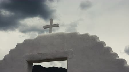 İncil : Timelapse Spanish Mission Church Cross. A time lapse of a cross and religious experience.