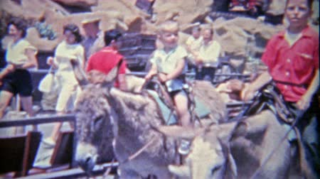1962: Knotts Berry Farm deprecated donkeyburro ride around the park.
