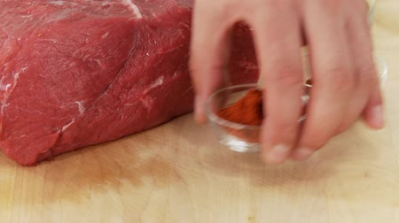 clearing the table : Garlic, paprika and beef shoulder Stock Footage