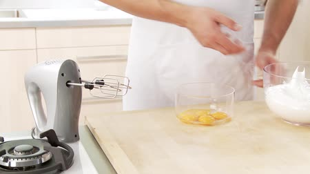 basic technique : Beaten egg white and egg yolk being mixed with sugar