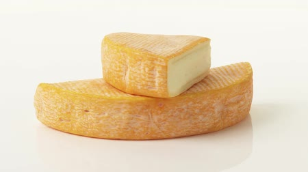 lavado : Washed rind cheese