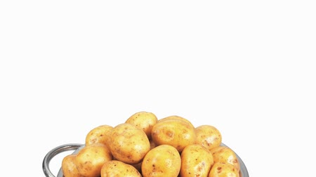 outlinable : Potatoes in a colander