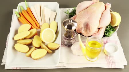 poulet : Ingredients for herb chicken with vegetables