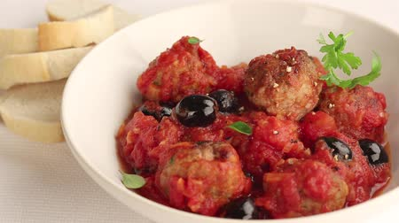 ground meat : Meat balls in tomato sauce