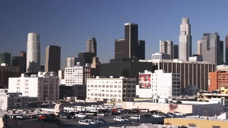 mech : Far shot of LA skyline Wideo