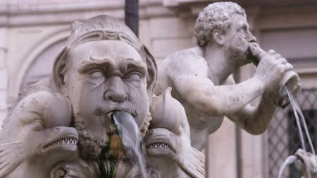 pro government : A shot of stone statues in a fountain in Rome Italy. Stock Footage