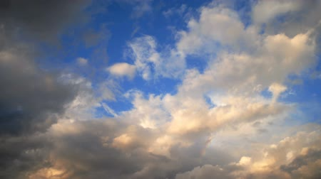 bílé mraky : Medium Wide timelapse of clouds and blue sky