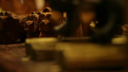 günlüğü : Steady shot. Rustic dog figurines for sale. Focus shifts from front to back. California.