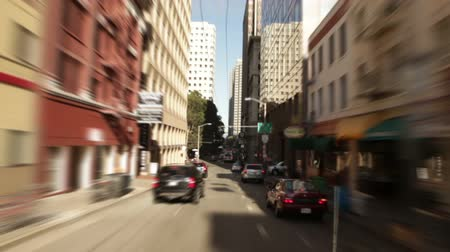 erkély : Driving down a one-way street in the commercial section of Chinatown. California