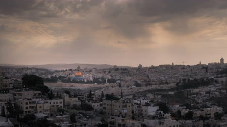 jerozolima : Time-lapse of the city and sun rays from the BYU Jerusalem center. Cropped. Wideo