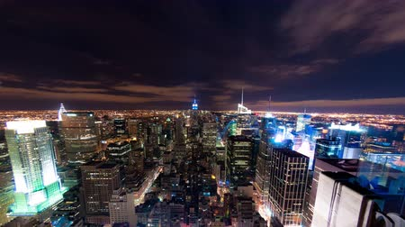 государство : New York cityscape time-lapse from the Rockefeller building. Shot in New York City USA. Стоковые видеозаписи