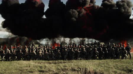 gyújtás : Fire explosion line behind soldiers. Green Beret United States Army Special Forces.