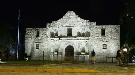 Nightime timelapse of the Alamo in San Antonio, Texas.