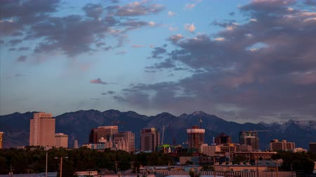 sůl : Cityscape timelapse of Salt Lake City during sunset.