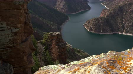 Dolly shot overlooking Flaming Gorge from Red Canyon overlook, in Utah. Stock Footage
