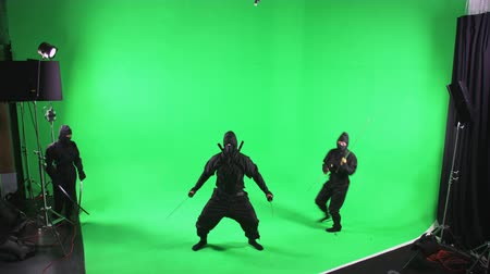 samuraj : Static shot of three ninjas posing in front of the camera