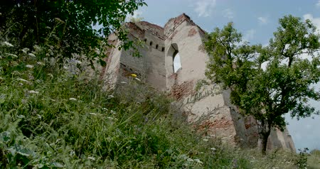 saxon : Timelapse view of a citadel ruin in Transylvania. Stock Footage