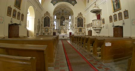 duch Święty : View of interior of an Eurropean church. Wideo