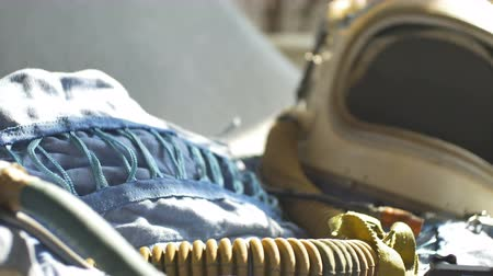 astronauta : View of an old vintage cosmonaut suit and helmet.