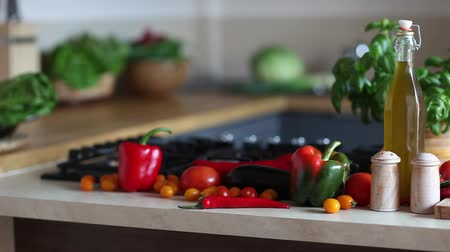 tomate cereja : Organic vegetables, healthy food concept, dolly shot.
