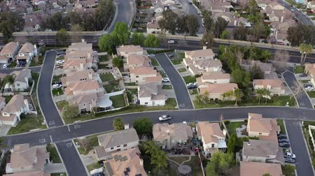 los angeles : Aerial view over residential suburban city streets, Santa Clarita, California