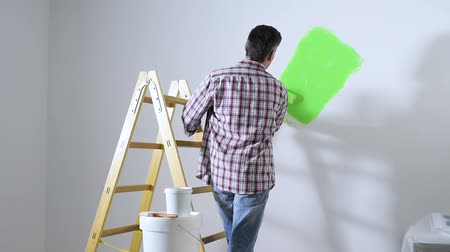 decorador : Home painting and paint roller, home renovation and redecoration concept