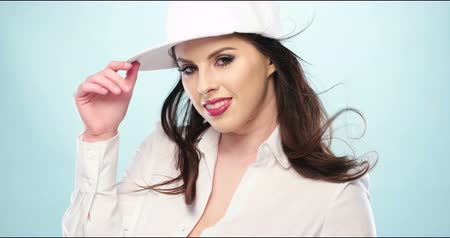 morder : Young beauty woman wearing baseball cap and shirt 4k video