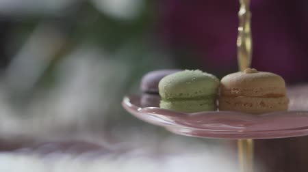 banquete : Closeup beautiful cookies macaroon on glass dessert stand on event party