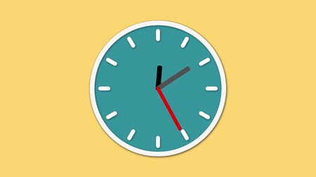 полночь : Animated clock face counting down. Digital animation of clock ticking real time on yellow background