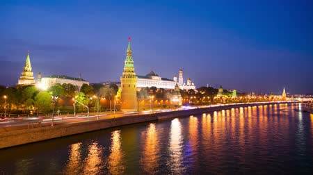 набережная : 4k timelapse of Moscow Kremlin embankment at night.