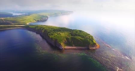 linha de costa : Breathtaking aerial view of Vyatlina cape situated on the South-East part of the green island. Russia, Vladivostok. Morning