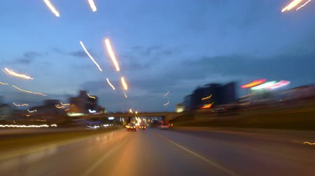 günler : Time lapse movie of a car drive on a highway just after sunset. Shot in Istanbul Turkey, car goes on the E5 highway on the Anatolian side, from East to West. Combination of stills shot by Panasonic LX3.