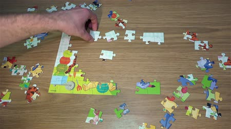 pinky : Collect picture Wine The Pooh 60 puzzles on the floor. Quick Shot. 50 FPS