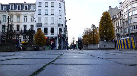 kočičí hlava : Belgium, November 24, 2017, Brussels gray everyday life in the life of a European city