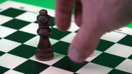 piskopos : white pawn at the second attempt chops the black queen.