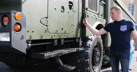 rocket launcher : Russia, St. Petersburg, September 02, 2018 a man checks the combat military machine for strength.