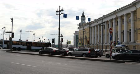 brake : Russia, St. Petersburg, September 02, 2018 cars stopped at a red traffic light