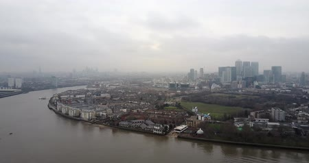 greenwich : Panoramic aerial view of river Thames and overview of London city 4K footage Stock Footage
