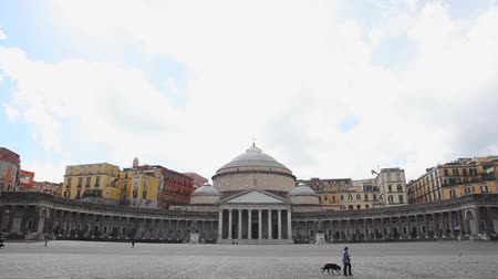neapol : Architecture of Plebiscito Square in Naples, Italy