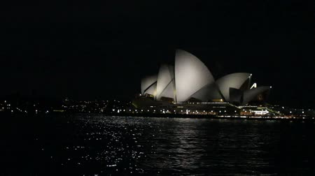 opera lirica : Colpo largo di Sydney Opera House at Night