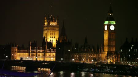 winter palace : Big Ben in London