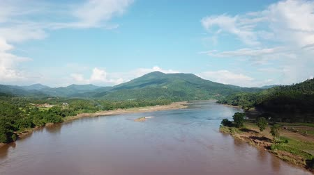 délkelet Ázsia : An aerial view from a drone of Mekong river, rain forest and mountains in Thailand and Laos