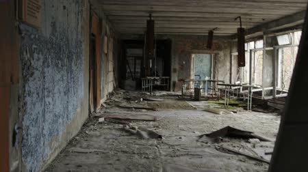 kapualj : Abandoned corridor of some forsaken building glide footage Stock mozgókép