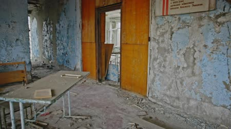 radioaktivní : Abandoned Classroom in School number 5 of Pripyat, Chernobyl Exclusion Zone 2019