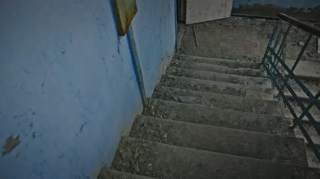 abandonné : Going down on Abandoned staircase angle shot