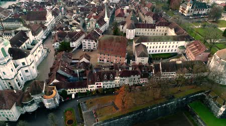 milaan : Gorgeous 4k aerial drone landscape view on big medieval ancient city with old architecture building church by river