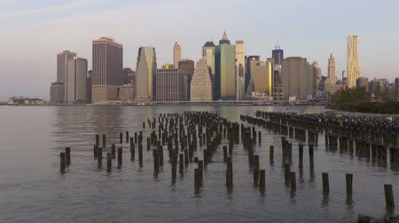 império : Impressive day to night time lapse panorama view on New York Manhattan downtown seascape modern architecture skyline