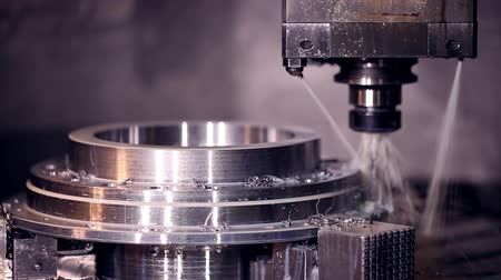 máquina : CNC machine automatic drilling. Stock Footage